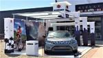 Suzuki atrae numerosos visitantes en el Boulevard de Asia