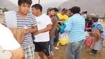 Manchay: entregan 2'000 litros de agua, víveres y ropa a damnificados por huaicos en Manchay Bajo y Santa Eulalia