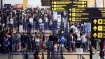 Movimientos de entradas de extranjeras y extranjeros disminuyeron 0,9%