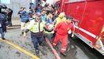 MML evacuó a comerciantes y familias durante gran incendio desatado en galería de Mesa Redonda