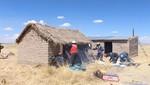 Voluntarios de CLARO benefician a familias en Puno gracias al proyecto 'Casa Caliente Limpia'