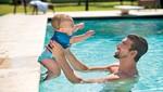 Little Swimmers: La apuesta de Michael Phelps y Huggies para que los bebés sean felices en el agua