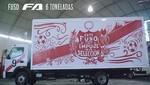 Fuso sorprende a hincha peruano con un camión alusivo al mundial