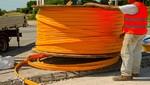 Construyen redes de fibra óptica en el centro y sur del país