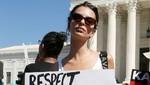 Emily Ratajkowski arrestada en la protesta contra Brett Kavanaugh