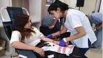 Jóvenes universitarios donan sangre en EsSalud Arequipa