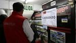 Golpe a la informalidad en Cusco y Lima: cierran agencias de turismo y sancionan a taxistas informales