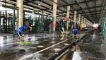 Municipalidad De Lima refuerza las tareas de limpieza en los pabellones del Gran Mercado Mayorista De Lima