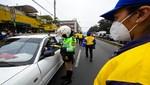 En operativo de tránsito con la Municipalidad De Lima PNP multó a más de 130 vehículos por infringir el reglamento en vías del Cercado