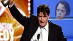 Charlie Sheen y Warner Brothers fumaron la pipa de la paz