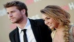 Miley Cyrus y Liam Hemsworth en la fiesta 'Elton John AIDS Foundation' (Foto)