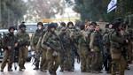 Manifestantes palestinos y soldados israelíes se enfrentan