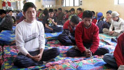 EDUCACIÓN Y MEDITACIÓN TRASCENDENTAL