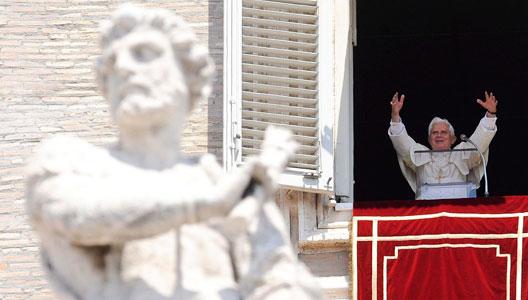 Benedicto XVI presenta 'Caritas in veritate'