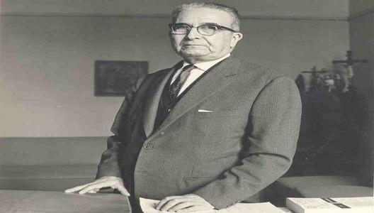 Luis Valcárcel: ejemplo de peruanidad