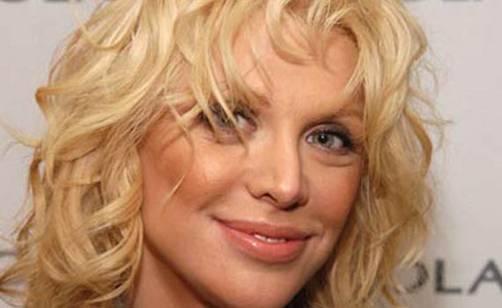 Courtney Love deberá pagar US$430,000  por difamar a diseñadora en Twitter