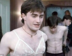 Actor de Harry Potter se desnuda para una revista gay