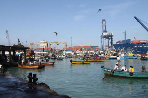 Tsunami: Pescadores artesanales del Callao en peligro por ampliación de la entrada al puerto
