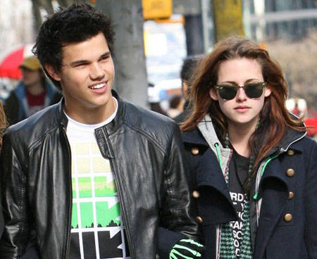 Kristen Stewart y Taylor Lautner vuelven a rodar tras evacuación por la alerta de tsunami