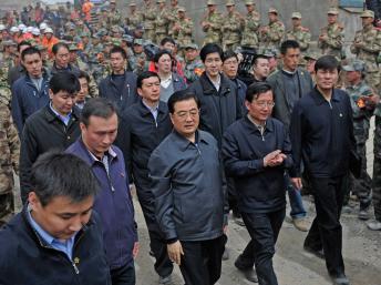 China: Hu Jintao en el epicentro del sismo