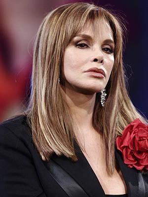 Lucía Méndez estrena videoclip 'Amor de un rato'