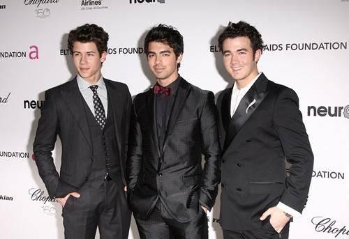 Jonas Brothers lanzarían nuevo disco con sonido renovado en el 2011