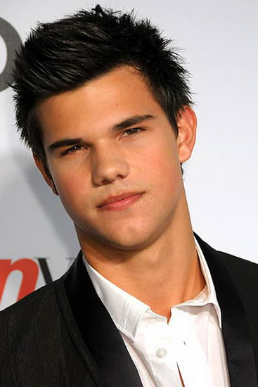 El lobo Jacob Black en la vida real...