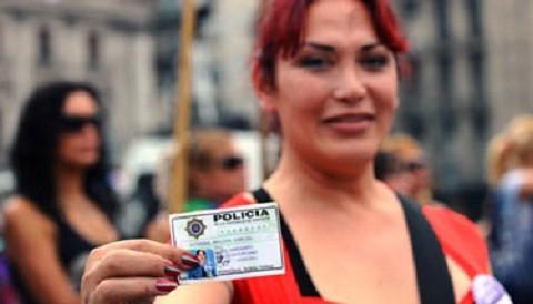 ¿Estarías de acuerdo con que se apruebe una ley donde se permita modificar la identidad de género?