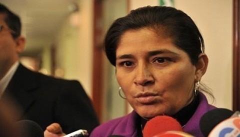¿Cree usted que el periodista agredido por Nancy Obregón hizo bien en denunciarla?
