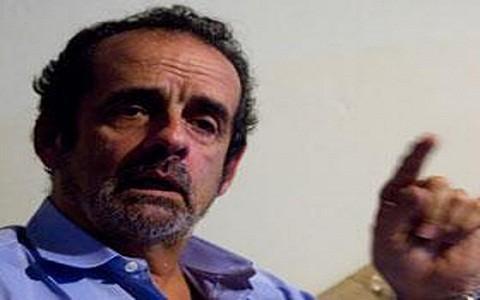¿Javier Diez Canseco debe abandonar Gana Perú si no está conforme con la gestión del Premier Valdés?