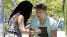 ¿Qué sanción le impondría a Justin Bieber por agredir a un paparazzi?