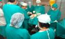los médicos cirujanos tienen una formación y experiencia muy específicas sobre estética rasgos de la nariz u otras partes del cuerpo