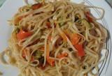 Tallarines con salsa de soya